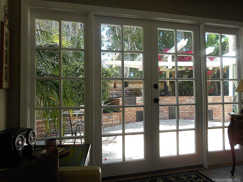 When life gives you windows make french doors chez sabine for French doors with side windows that open